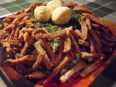 Салат с груздями «Гнездышко»